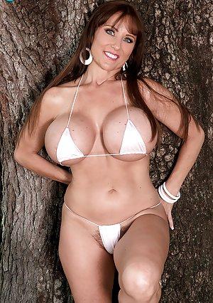 Big Tit Pornstars Pictures