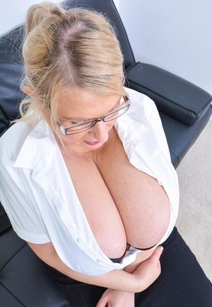 Big Tits in Glasses Pictures